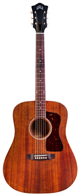 GUILD D-20 Nat avec etui (Série Traditional USA/Dreadnought)